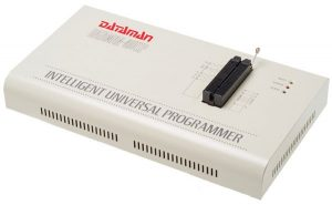 A Universal Programmer for Socket-Based and In-Circuit Programming